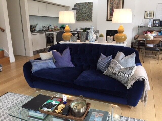 Plush Velvet Loaf Sofa In Midnight Blue