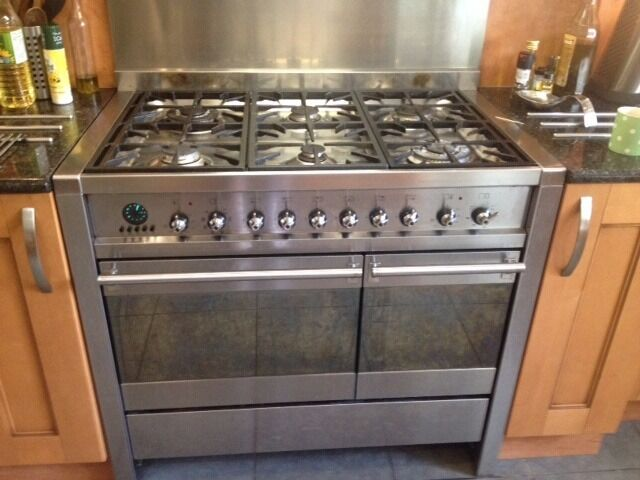 SMEG Range Double Oven 100cm. Dual Fuel 6 Gas Hob Two Oven With Grills And