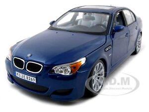 BMW M5 E60 BLUE 1:18 DIECAST MODEL CAR BY MAISTO 31144