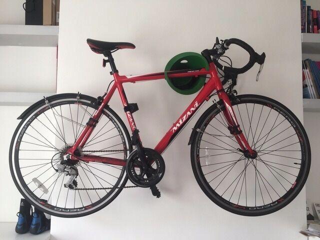 Selling Road Bike. The Mizani Aero 100 Bike Frame Lightweight 6061 Aluminium,  14 Speed