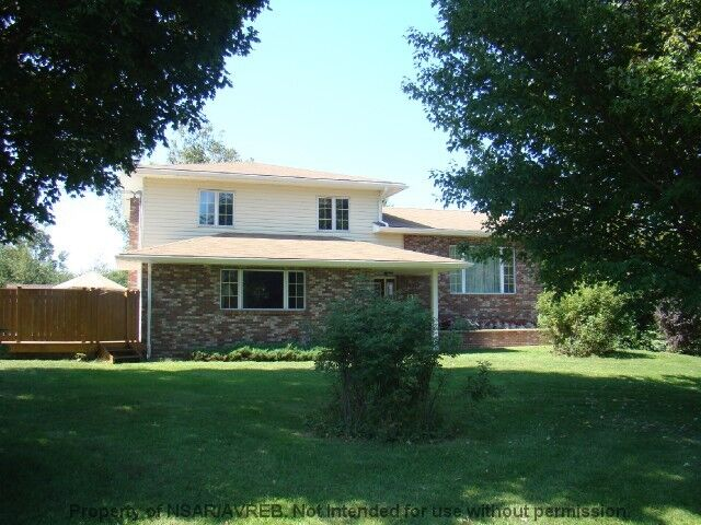 BEAUTIFUL HOME WITH IN LAW SUITE | Houses For Sale | New Glasgow | Kijiji
