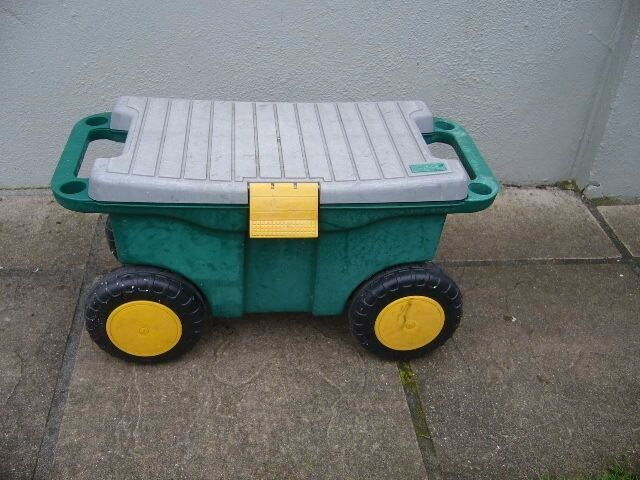 Superieur Used Garden Kneeler Trolley On Wheels Sit On Hand Tool Storeage Southbourne