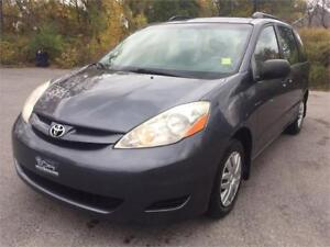 2007 TOYOTA SIENNA   1 OWNER  NO ACCIDENTS