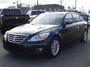 2010 HYUNDAI GENESIS LEATHER LOADED LUXURY NO ACCIDENTS!
