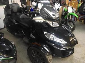 2014 CAN AM SPYDER R-TS *SPECIAL EDITION* LOW KMS!
