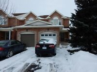 Large 3 bedroom townhouse in Orleans- 1500$/ month