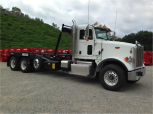 2013 G&H ROLL OFF GARBAGE TRUCK