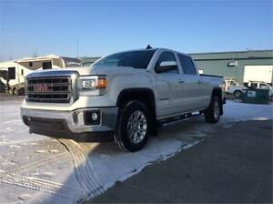 2016 GMC Sierra 1500 SLE Z71 4x4 ~ Loaded! ~ Nav~Cam~ $295 B/W
