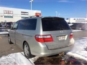 2006 HONDA ODYSSEY TOURING CUIR TOIT 8PASSAGERS  PROPRE