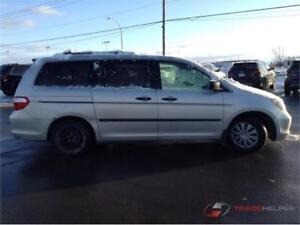 2005 HONDA ODYSSEY AUTOMATIQUE CLIMATISEE 7PASSAGERS PROPRE