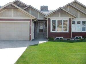 2 bdrm,2 bath + garage townhouse for rent in Crowsnest Pass, AB