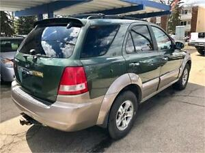 2004.5 Kia EXL SORENTO LOADED LEATHER! Phones open till midnite