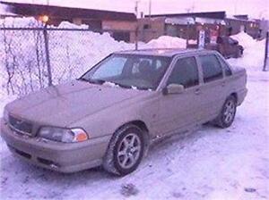 2000 VOLVO S 70 AWD 4X4 AUBAINE 1780$ 514-817-0095