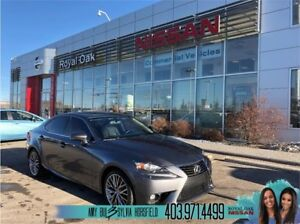 2015 Lexus IS 250 AWD ** Leather and Sunroof **