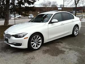 2013 BMW 320i X-DRIVE PREMIUM PKG |BLUETOOTH|SUNROOF|PARK ASSIST