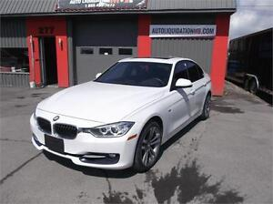 2013 BMW 328XI**86.36$/SEM**BLUETOOTH,SPORT PACKAGE,TOIT OUVRANT