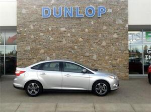 2014 Ford Focus SE Automatic SYNC Bluetooth Phone, Great on GAS!