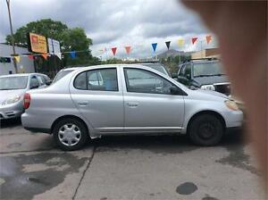 Toyota echo 2003 $995 carte de credit accepte  514-793-0833