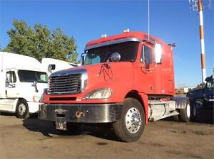 2009 FREIGHTLINER CL-120 **LOW KM's / REDUCED PRICE** -