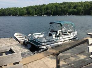 """EARLY BIRD SPECIAL""  2001 SUN PARTY 22' PONTOON -JUST ARRIVED !"