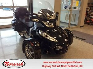 Can-Am Spyder RT-S **ONLY 6900KMS**
