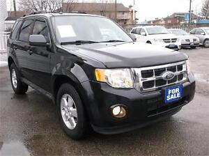 2009 FORD ESCAPE XLT ***EXCELLENT CONDITION * LEATHER *