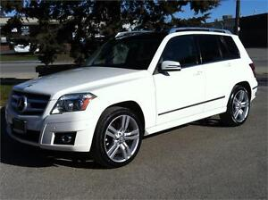 2010 MERCEDES BENZ GLK 350 4MATIC - PANORAMIC|NO ACCIDENT|LOADED