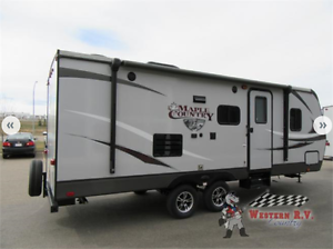 New 2017 CrossRoads RV Maple Country 237 BH