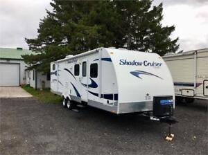2012 SHADOW CRUISER 280QBS - BUNKHOUSE UNIT W/OUTSIDE KITCHEN!