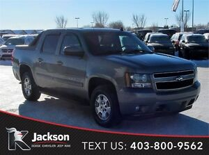 2007 Chevrolet Avalanche LT 4WD truck- Accident-free!