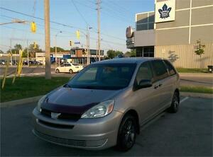 2004 TOYOTA SIENNA, EXCELLENT CONDITION, ONLY 180,000 KM!