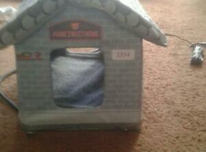 Forsale: indoors/outside cat house