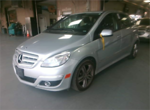 2011 Mercedes-Benz B-Class B200 TURBO*PANORAMIC SUNROOF