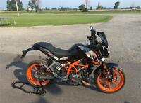 2016 KTM Duke 390 Ottawa Ottawa / Gatineau Area Preview