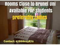 AN ENSUITE (NEAR BRUNEL UNIVERSITY & HILLINGDON HOSPITAL) TO RENT TO A FEMALE STUDENT