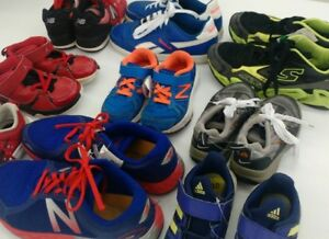 (161) Running shoes for boys