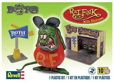 "Revell Monogram 7"" 6732-  Rat Fink w/ Diorama - Plastic Model Kit"