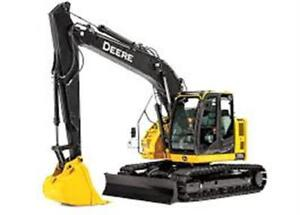 2014 Deere 135G Excavator, only 3500 hours, including Hoe pack