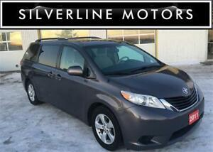 2011 TOYOTA SIENNA LE, CAMERA, BLUETOOTH, POWER DOOR, 2045090008
