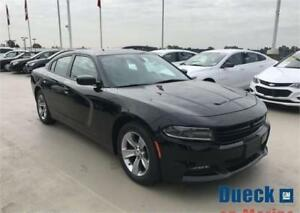 2016 Dodge Charger SXT (Just under 13,500 kms) Black