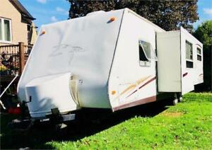 2006 Keystone Zeppelin z271 Camper 30 Feet   - sleeps 6