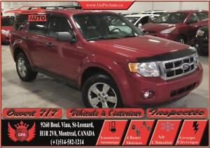 2010 Ford Escape XLT 4 cylindres , 4x4 , Cuire.