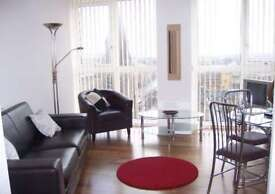 1 bedroom flat in Admiral House, Newport Road, Cardiff