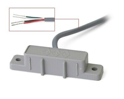 GRI 2605 Water Sensor, Relay Contact, Normally Closed 5 VDC , NEW ()