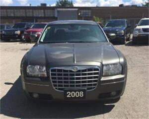 2008 Chrysler 300 Touring / SUNROOF ACCIDENT FREE