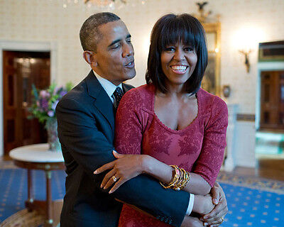PRESIDENT BARACK OBAMA AND THE FIRST LADY 8X10 PHOTO