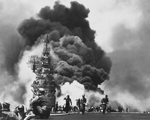 USS BUNKER HILL HIT BY TWO KAMIKAZES 8X10 PHOTO WWII