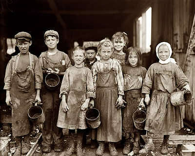 1912 OYSTER SHUCKER CHILDREN 8X10 PHOTO LEWIS HINE   Oyster Shucker