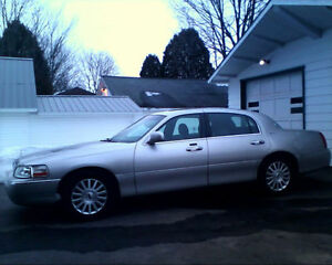2003 Lincoln Town Car Cuir Berline