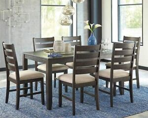 Rokane 7 Piece casual dining room set table and chairs